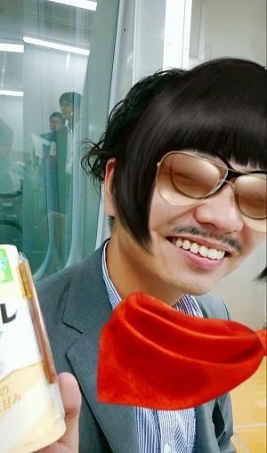SMILE 窪田店長.jpg